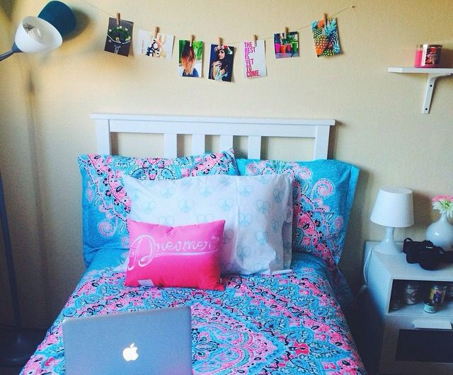 bethany mota bedroom. Bethany Mota bedding set  This is my new want bed sheet for those who don t know this M s de 25 ideas incre bles sobre mota en Pinterest