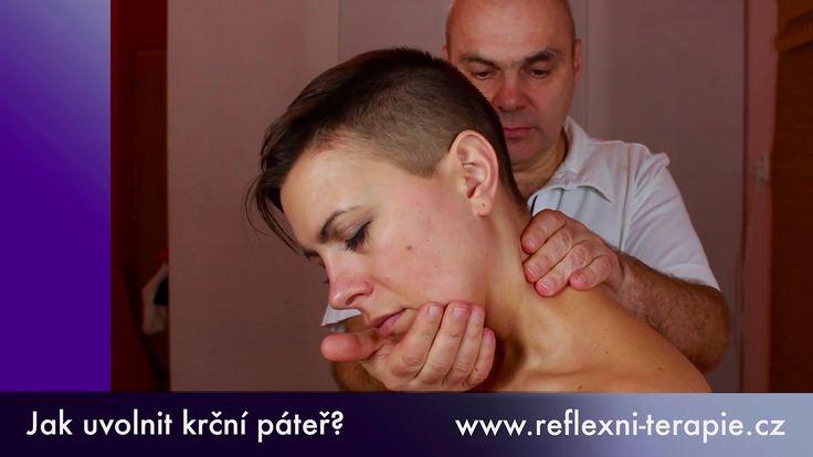Jak si uvolnit krční páteř? Radí terapeut Josef Vrba