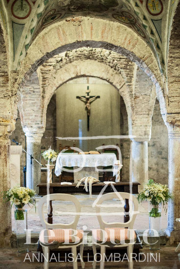 Allestimento e arredi cerimonia /Wedding ceremony setup and furniture by @nanni31 @LeBidule