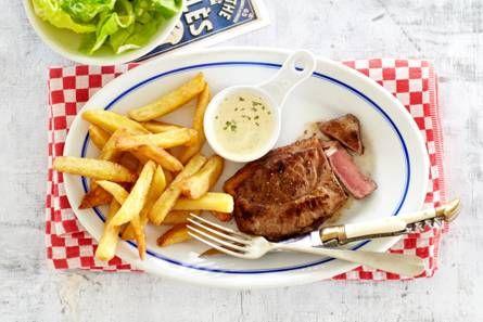 Steak frites en snelle bearnaise : http://www.ah.nl/allerhande/recept/R-R1149170/steak-frites-en-snelle-bearnaise