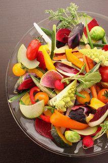 ファクトリーカフェ - 料理写真:20種類以上の新鮮な野菜を使った贅沢なバーニャカウダ!