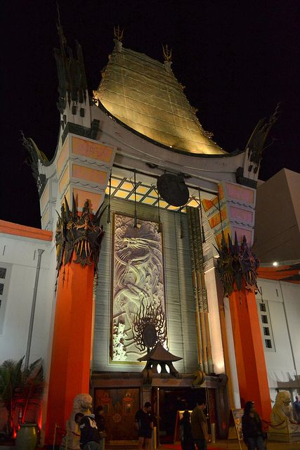 Graumann's Chinese Theater - Hollywood, California by Pedruca
