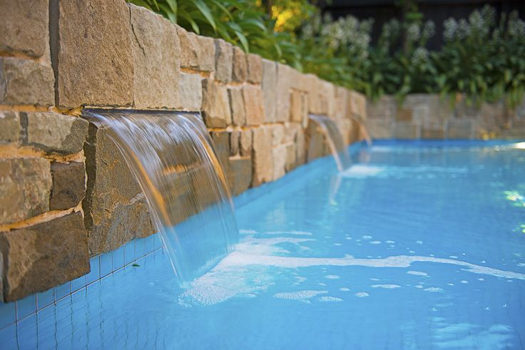 Family Pool, Surrey Hills Image 2