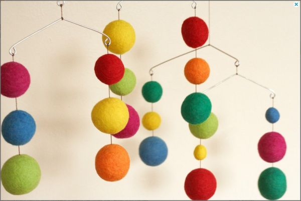 DIY felted ball mobiles from hellobee