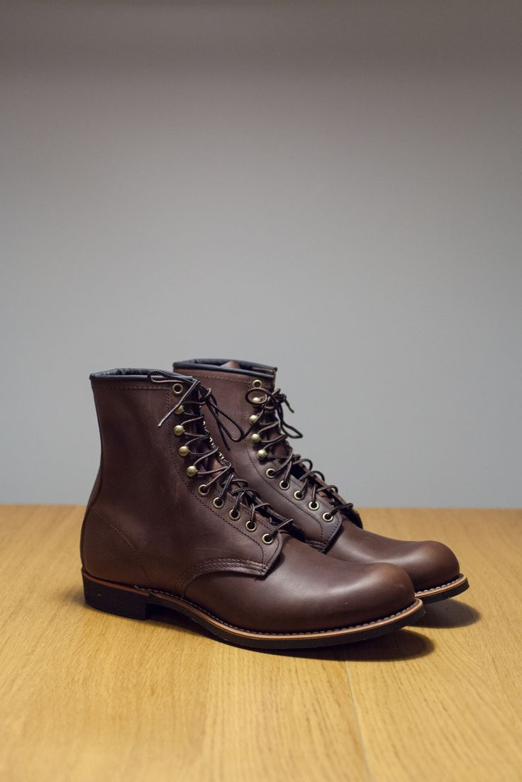 Red Wing Shoes Amber Harvester style no. 2943  Size 11 US 44.5 EU (D Width , no. 8 sole). Fit: little loose with shock absorbing insoles.
