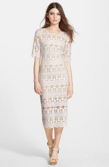 J o a lace dress 63