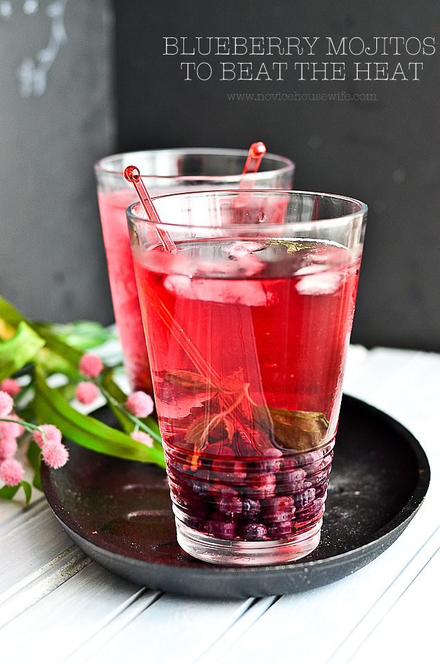 Happy hours with blueberry mojitos!