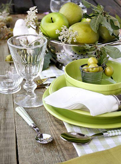 En primavera, decora tu mesa con arreglos frutales