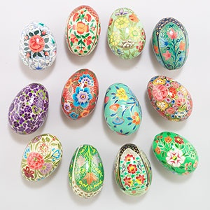 Colorful Additions To Your Spring Tabletop Decor Our Paper Mache Eggs Are Handcrafted In India With Traditional Designs Just Right For The Season