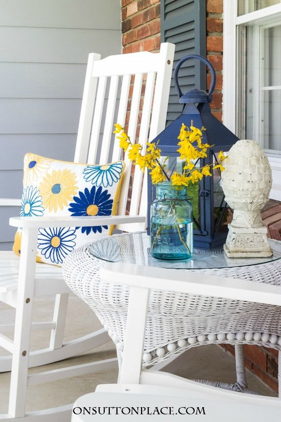 Spring into Summer Porch Refresh | Easy touches of spring that will go right into summer. Ideas and inspiration for your outdoor space.