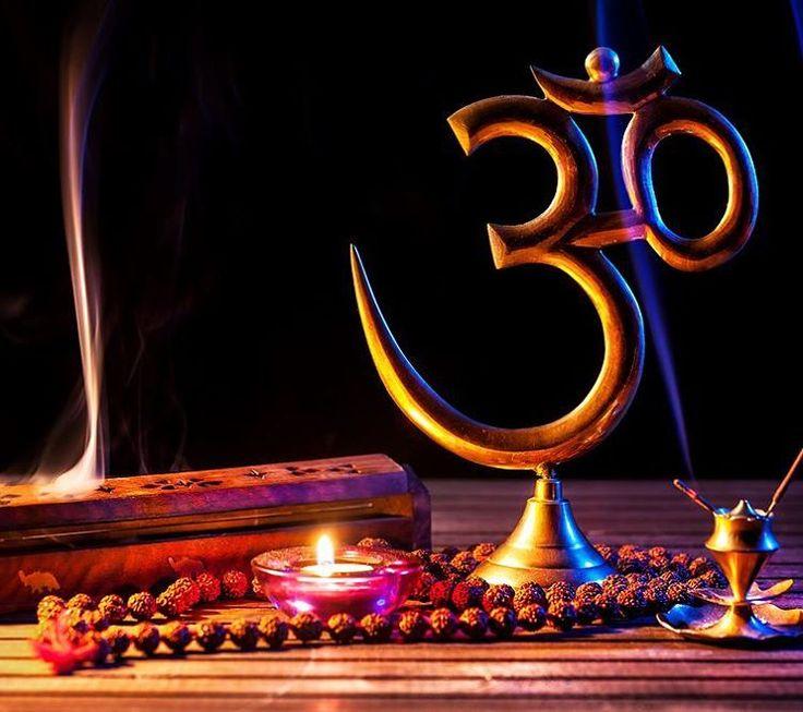 Санскрит - божественный язык древности. На этом языке произносят самые сильные и могущественные заклинания - мантры. 💠Тысячелетия назад исключительное право говорить на санскрите принадлежало...