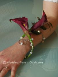Ok so... I really think you should go with this corsage instead of other flowers hahaha