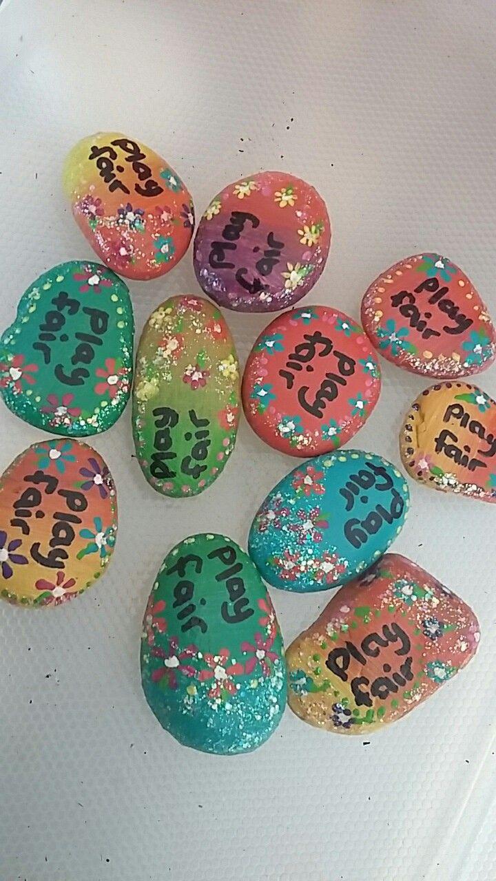 Glitter garland play fair rocks. Art by Jessica Holmstrom Clark