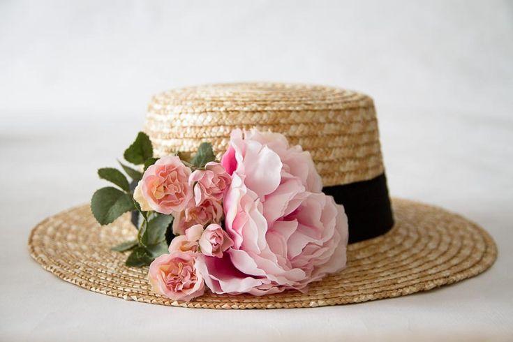 Image of Canotier rosa grande y rositas