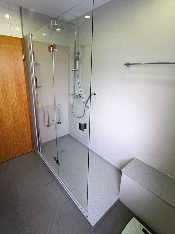Bodengleiche Dusche Fliesen Rutschfest : gro?e Dusche, barrierefrei, rutschfest, fugenlos, Duschkabine