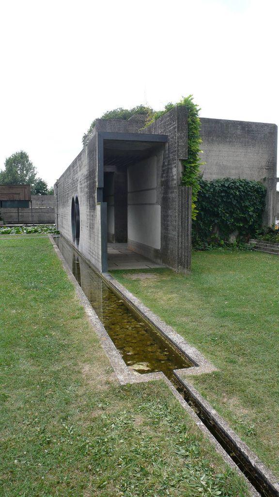 Carlo Scarpa. Tomba Brion Cemetery. near Traviso, Italy. San Vito d'Altivole, 1969-78.