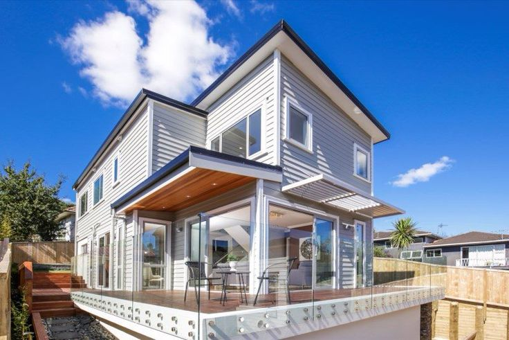 Exquisite New Home In the Middle of the Bays
