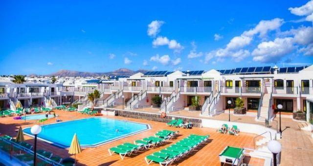 Bitacora Lanzarote Club - 2 Star #Apartments - $40 - #Hotels #Spain #PuertodelCarmen http://www.justigo.co.za/hotels/spain/puerto-del-carmen/bitacora-lanzarote-club-s-l_15416.html