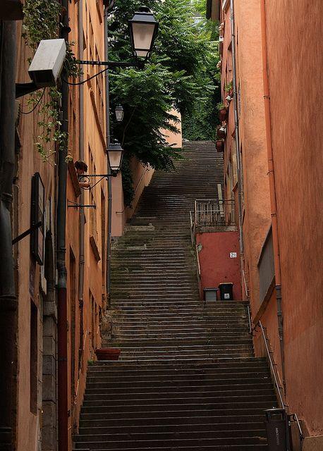 escaliers rue des loges/rue de la juiverie vieux Lyon, France