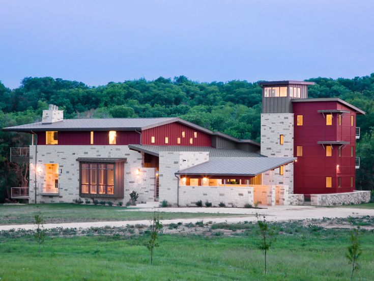 8 best hill country contemporary images on pinterest for Texas hill country stone homes