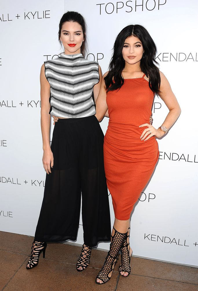 Yesterday, Kylie Jenner and Kendall Jenner took to Instagram to celebrate Father's Day and also prove that their parent-child bonds are stronger than ever.