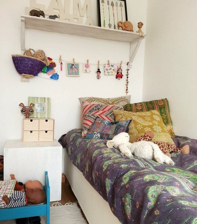 Ethnic textiles, kids' bedroom | Love the washing line display for favourite cards and toys - easier to put up and take down than a pinboard | live from IKEA FAMILY