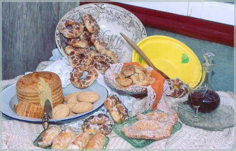 In Guía de Isora you can find a lot of typical regional products as cheese, different variety of bread and pastries... so appetizing!