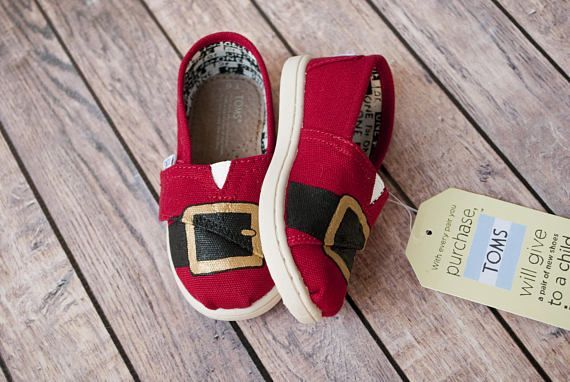 Santa Themed Hand Painted Tiny Toms #caityandco #paintedtoms #paintedshoes #customshoes #customtoms #etsyseller