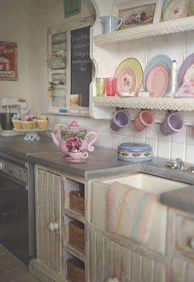 Carolyn's Little Kitchen ~ beautiful glassware, see link.