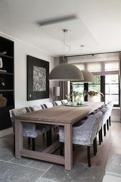 17 beste idee n over eiken tafel op pinterest eettafel stoelen witte stoelen en deense meubels - Eigentijdse eettafel ...