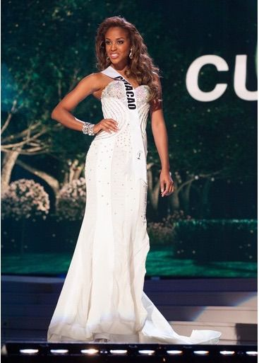 Top 15 Miss Universe 2014 Post-Preliminaries Predictions | http://thepageantplanet.com/top-15-miss-universe-post-preliminaries-predictions-2014/