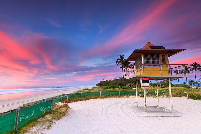 lifeguard hut on sheraton beach, Queensland, Australia.: Beaches Coast, Beaches Beaches Beaches, Amazing Australia, Queensland Australia, Papi Photography, Lifeguard Hut, Lifeguard Houses, Pawel Papi, Sheraton Beaches
