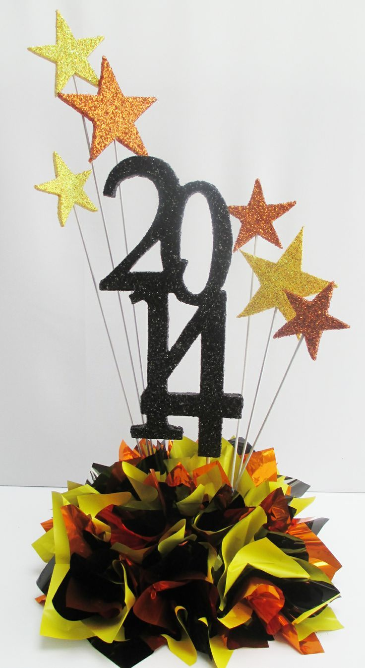 Graduation table decorations homemade - 8th Grade Graduation Centerpiece Ideas Graduation Centerpieces
