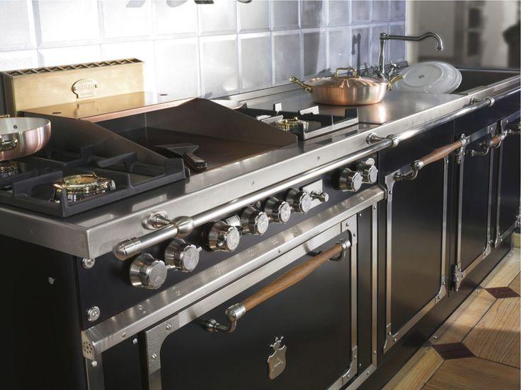 Pi di 25 fantastiche idee su forno in muratura su - Cappe in rame per cucine ...