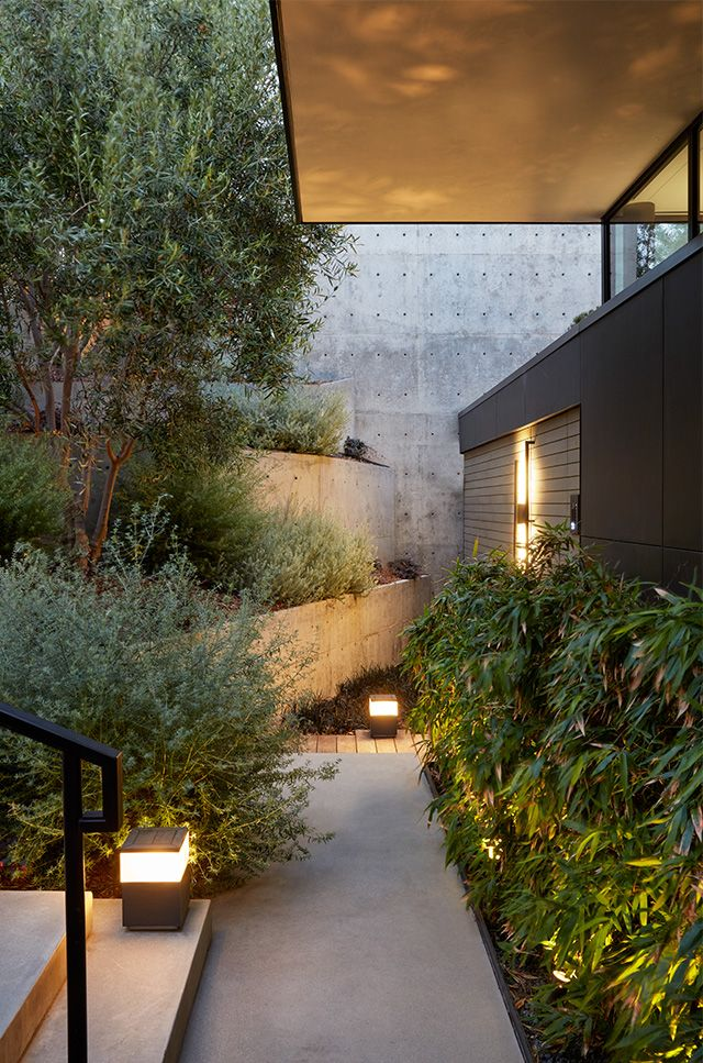Maria Sharapova S Minimalistic Home In Los Angeles The Nordroom Modern Japanese Architecture Japanese Architecture Traditional Japanese Architecture
