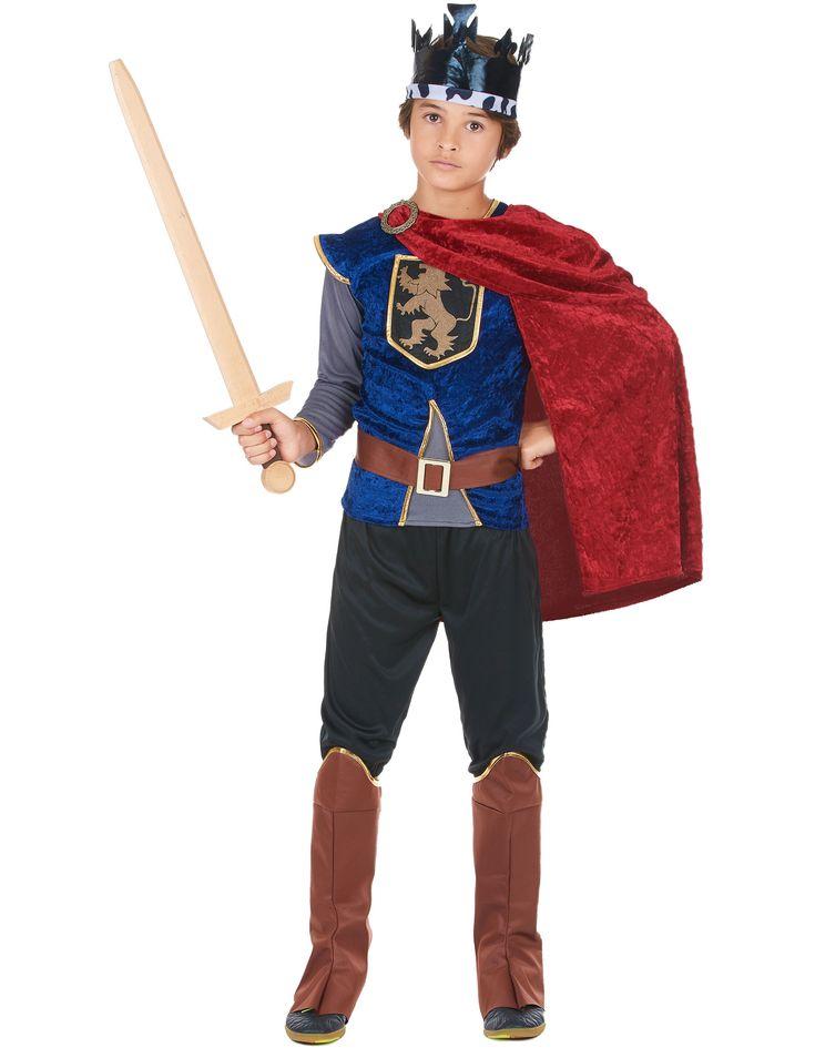 Disfraz de rey medieval infantil: Este disfraz de rey medieval para niño está compuesto por une top, un pantalón, una cofia, una capa, un cinturón y un par de cubrebotas (zapatos no incluidos). La camiseta...