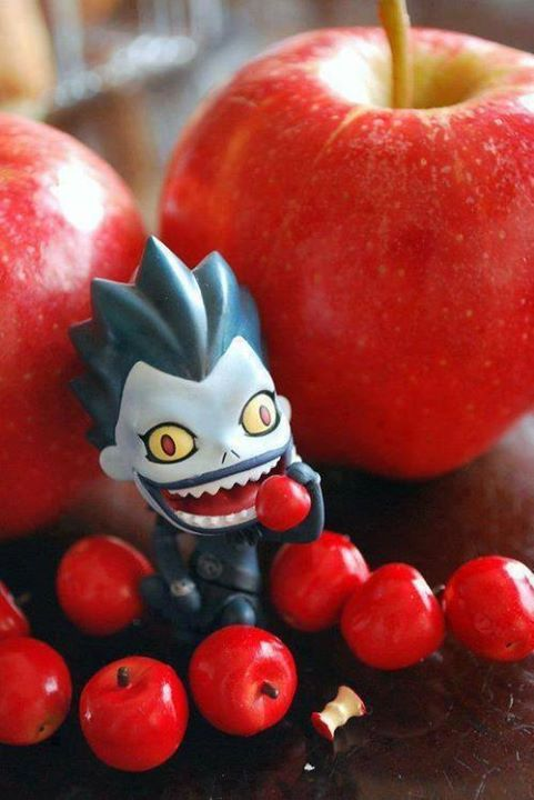 apple ryuku death note ryuk pomme manger fruit legume anime streaming online manga tv