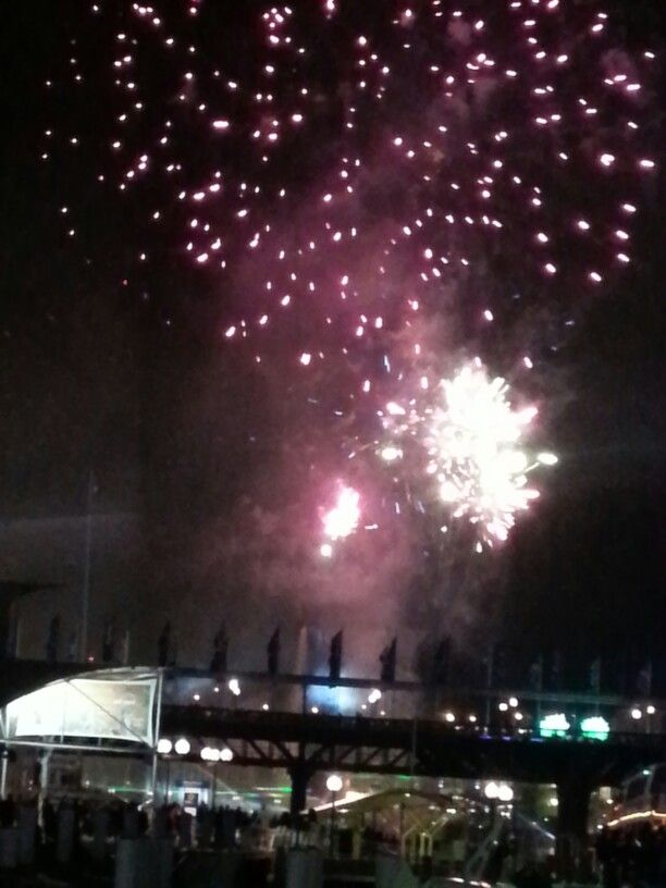 My photos of fireworks @ Darling Harbour