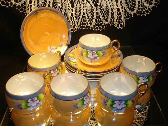 LUSTER WARE CHINA Teacups Saucers Purple Gold Floral Made in Japan & 49 best MADE IN JAPAN CERAMICS 1920-1950u0027S images on Pinterest ...
