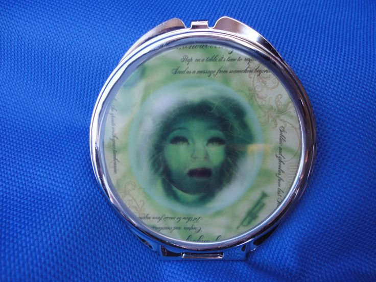 Haunted Mansion Disney Madame Leota compact 2 sided by ImAsMADaSaHaTTeR on Etsy https://www.etsy.com/listing/150582162/haunted-mansion-disney-madame-leota