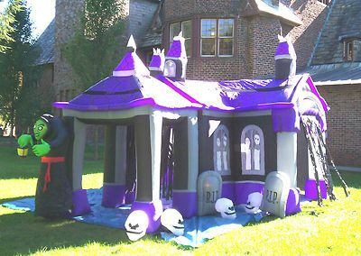 Airblown Inflatable Haunted House