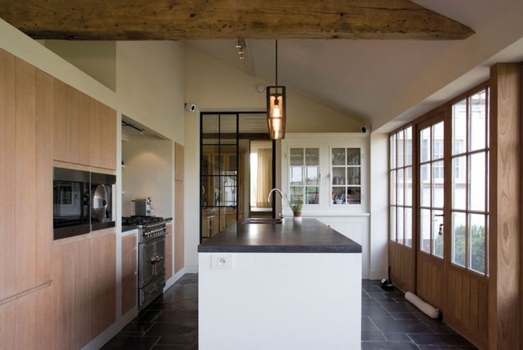 Home sweet home renovatie van een unieke vlaamse hoeve for Interieur verkest
