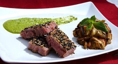 Giuli Foodie, le mie ricette in cucina: Trancio di Tonno al Sesamo Bianco e Nero con Salsa...