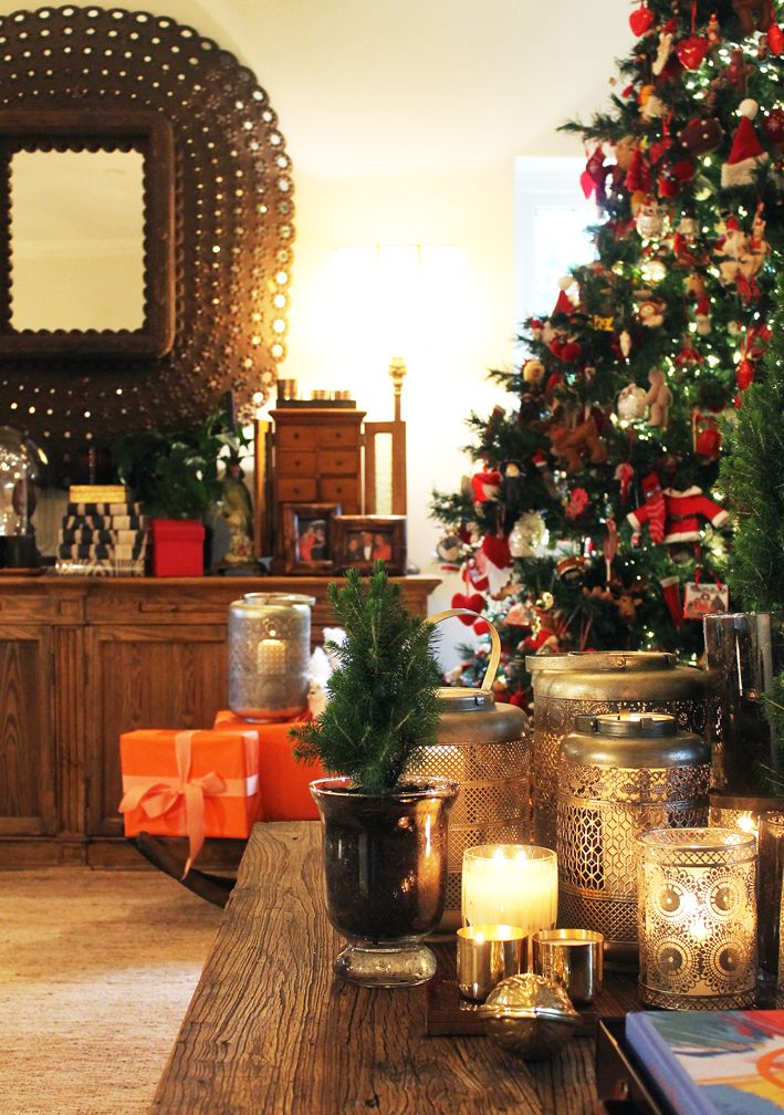 It's Beginning To Look A Lot Like Christmas… with Chyka Keebaugh on chyka.com