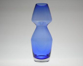 Riihimaki blue cased glass vase by Aimo Okkolin