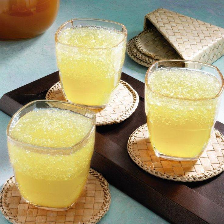 Para que puedas refrescarte en estos días de calor, realiza esta receta de limonada de té verde, es exquisita.
