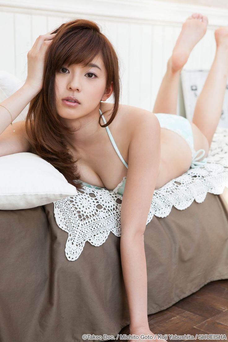 passion-nippones: Aya Asahina :http://passion-nippones.eklablog.net/gravure-idol-session-young-jump-exclusive-web-young-jump-election-gens-a114756234