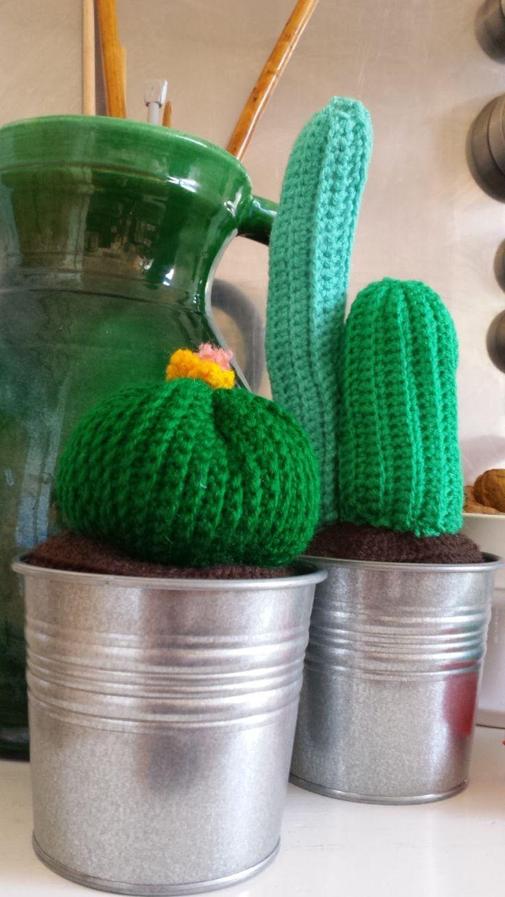 Haken voor kinderen: Gratis haakpatroon: gehaakte cactussen