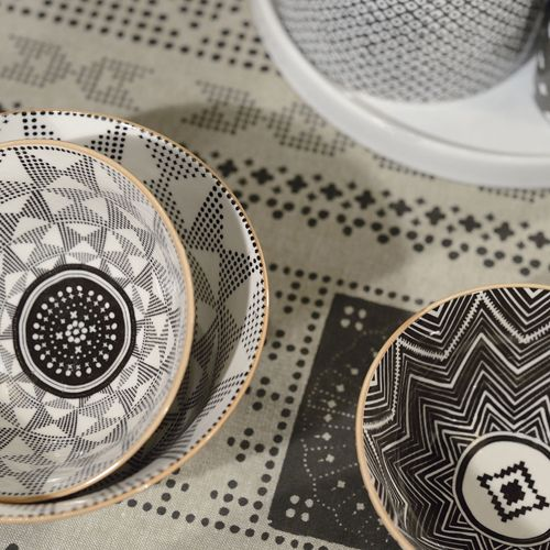 avec sa ligne appel e eclectic jardin d 39 ulysse nous propose ces bols aux motifs ethniques. Black Bedroom Furniture Sets. Home Design Ideas
