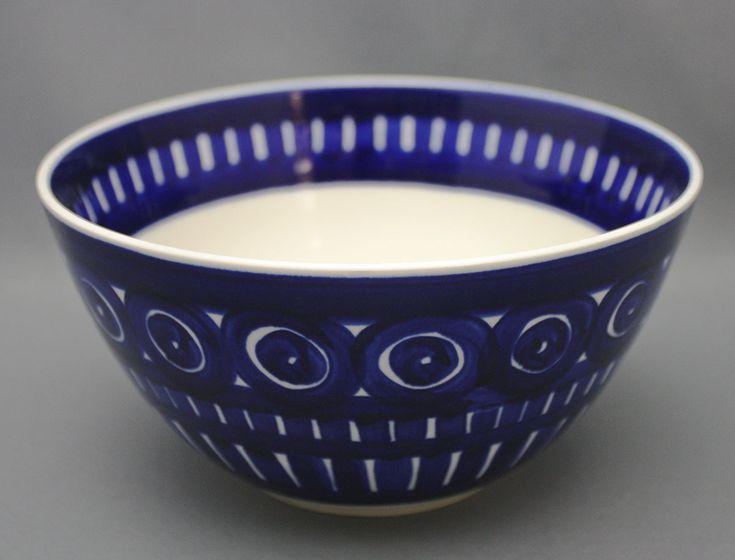 Arabia salaattikulho, Valencia, Design: Ulla Procopé. Korkeus 8,7cm, halkaisija 17,5cm. | Astiataivas.fi - Vanhojen astioiden ystävien löytöpaikka